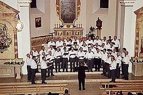 MGV Concordia beim Konzert in der katholischen Pfarrkirche Sankt Peter und Paul in Edesheim